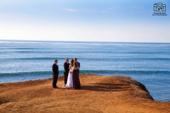 Elopement Photography | Copyright: Desert Aloha Photography & Photograph Aloha | (928) 299-0175